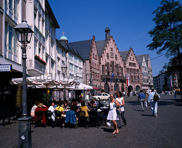 old-city-hall-rehmer-square-frankfurt-germany-a3f5g0